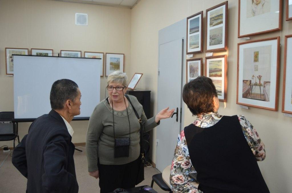 в Кургане открылась персональная выставка «Поэзия бытия» в акварелях Тен Чан Хаоня